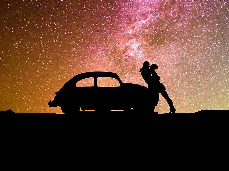 33 stvari koje je dobro uvijek imati u autu: Vrećice, lampice...