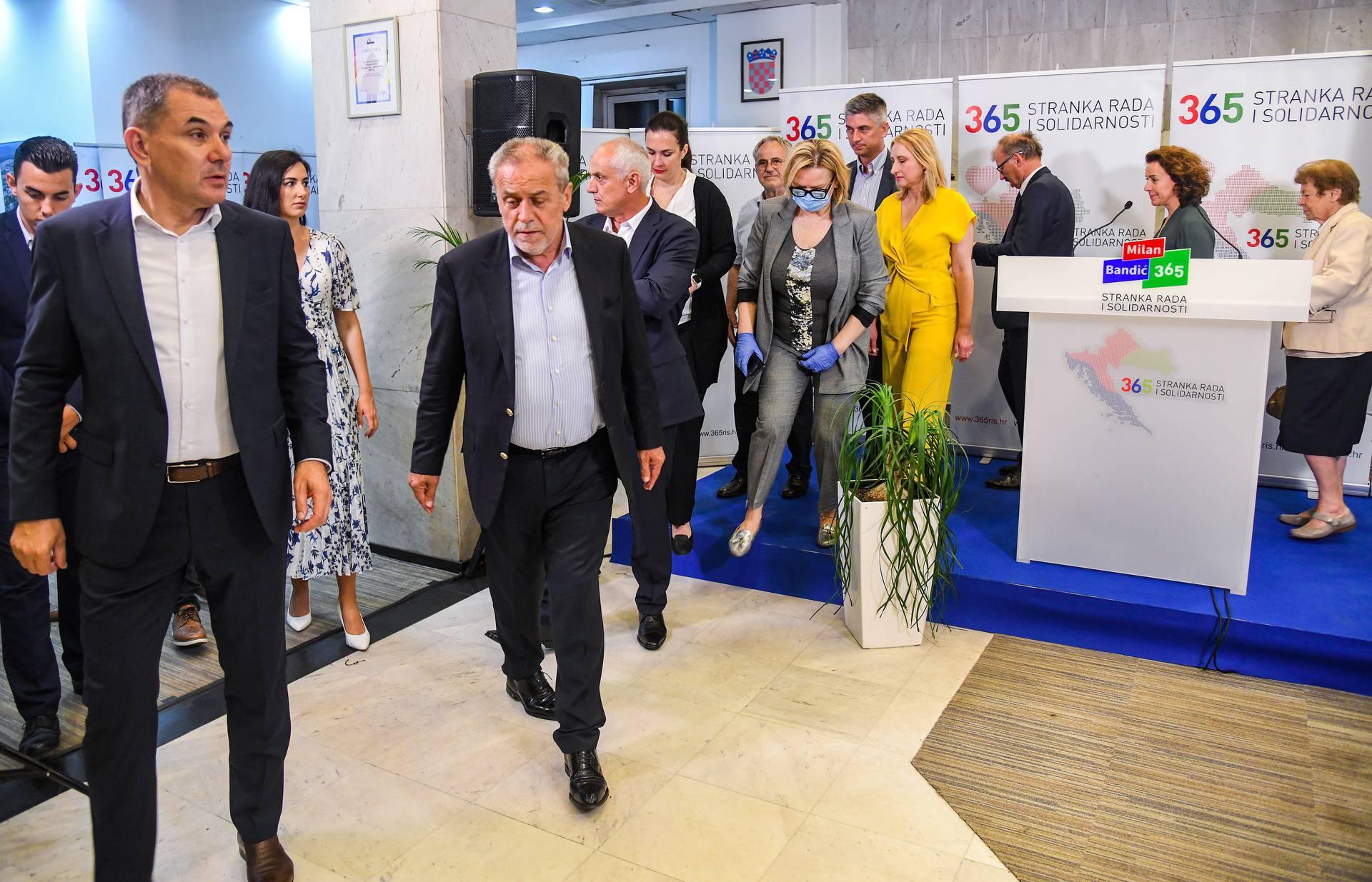 Zagreb: Milan Bandić komentirao rezultate svoje stranke na parlamentarnim izborima