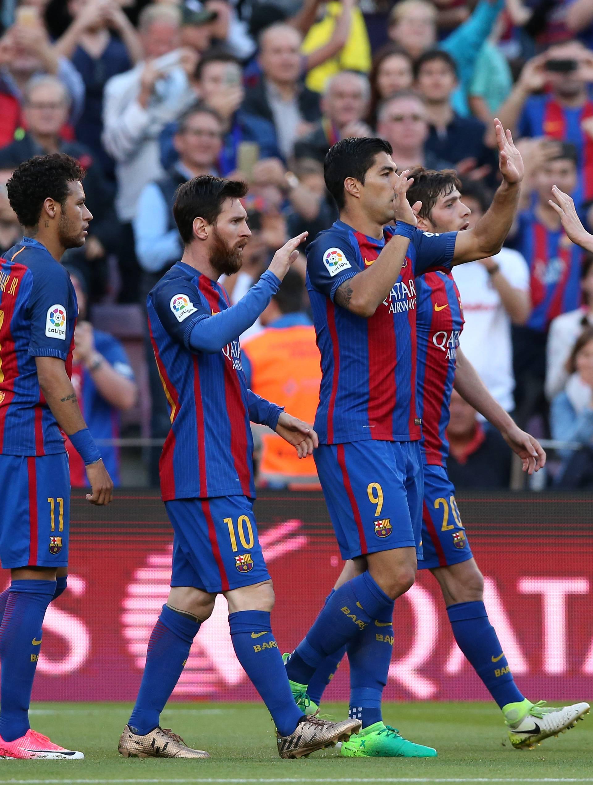 Soccer Football - Barcelona v Villarreal - Spanish La Liga Santander - Camp Nou stadium