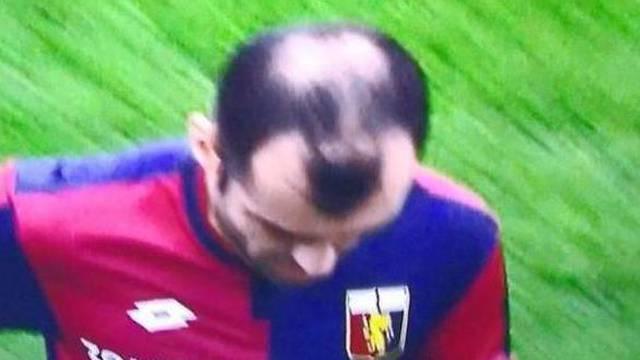 Nešto je čudno u frizuri Gorana Pandeva, primjećujete li što?