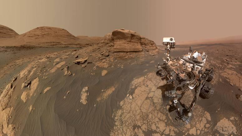 Rover Curiosity snimio selfie na Marsu: Bile su potrebne dvije kamere i više od 70 fotografija