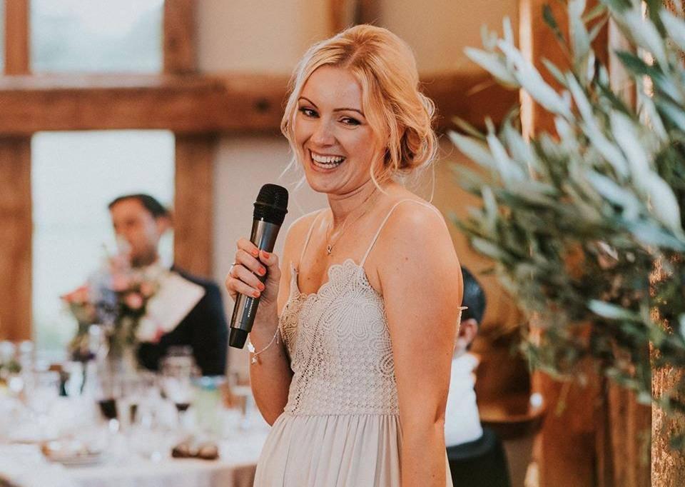 Bila je na 20 svadbi u 4 godine: Zbog dugova živi s roditeljima