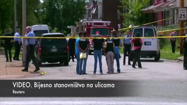 Bijesno stanovništvo izašlo na ulice zbog ubojstva crnca (18)