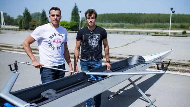 Osijek: U VK Iktus predstavljen novi veslački čamac - dvojac bez kormilara
