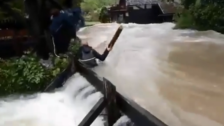 HGSS upozorava: 'Nemojte ovo raditi dok su poplave, kobno je'