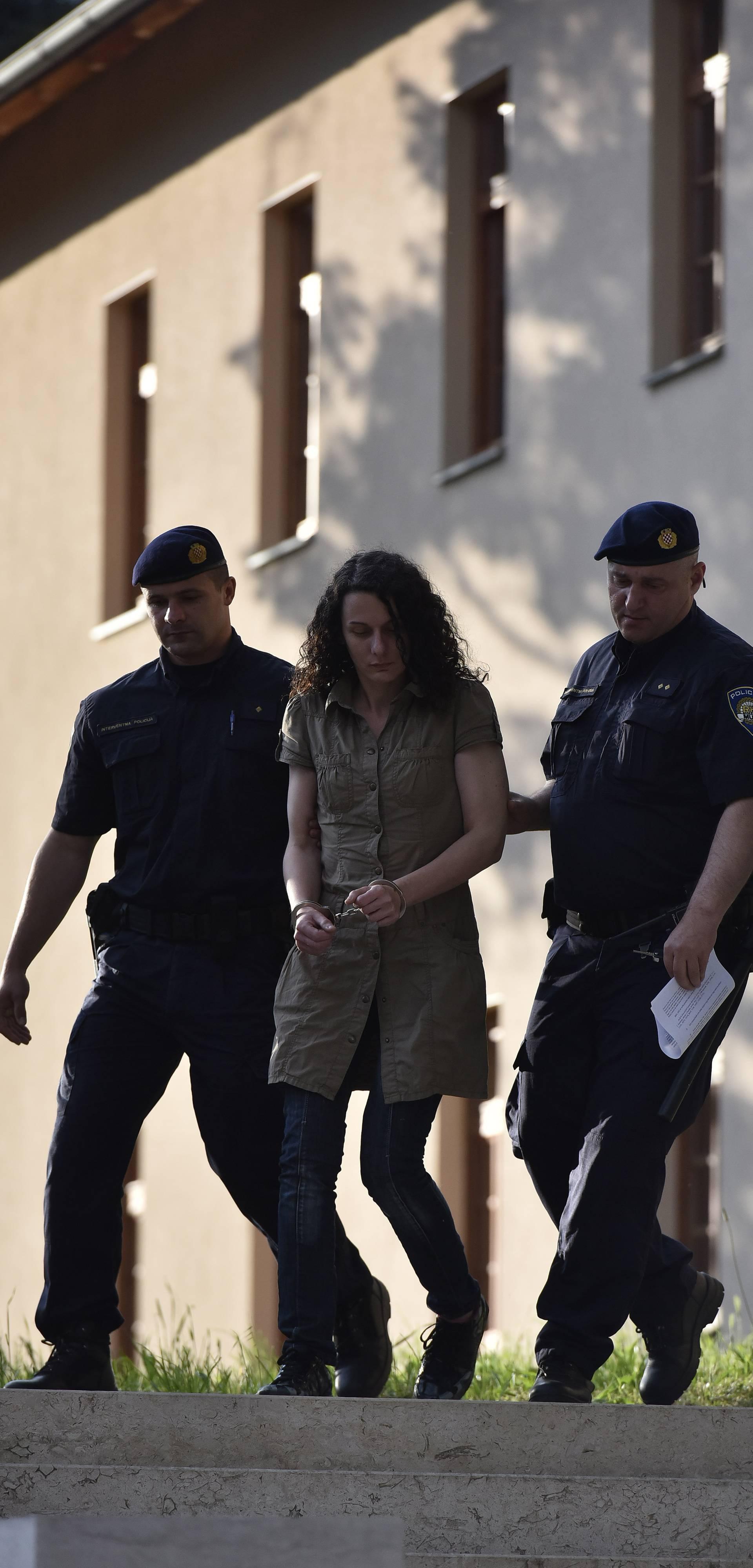 Ubila sina: Monstruoznu majku prevezli su u zatvorsku bolnicu