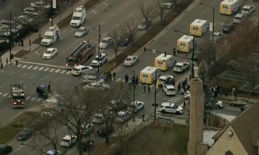 Pucnjava u Chicagu: Ispalio par hitaca u ženu, ubili ga policajci