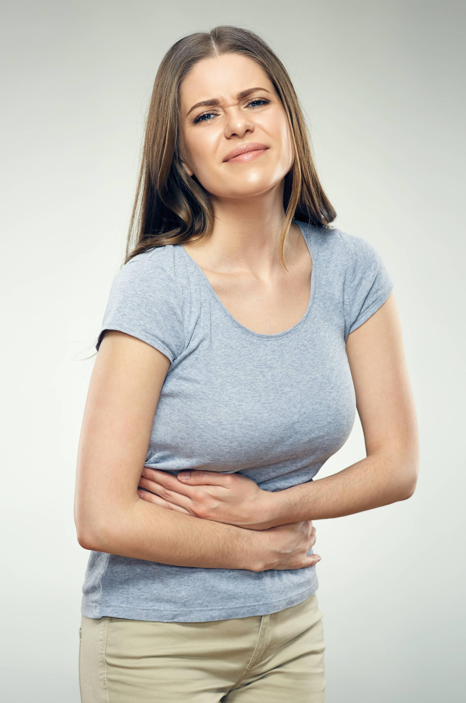 Ženi (20) puklo 10 rebara jer nije izlazila van da ne potamni