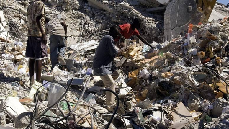 Na Haitiju je u potresu 2010. poginulo više od 200.000 ljudi, milijun ih je ostalo bez domova