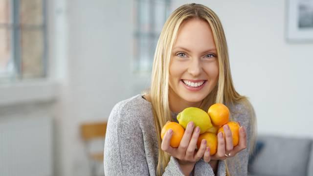 Limun će izliječiti suhi kašalj, a narančom pobijedite žgaravicu