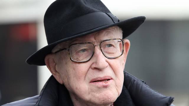 Preživio je užase Auschwitza, ali glasat će za uklanjanje Tita