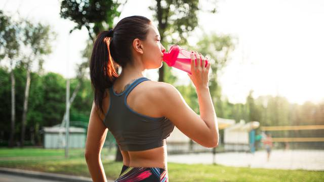 Hidratizacija i imunitet: Koliko voda znači i koliko je dovoljno?