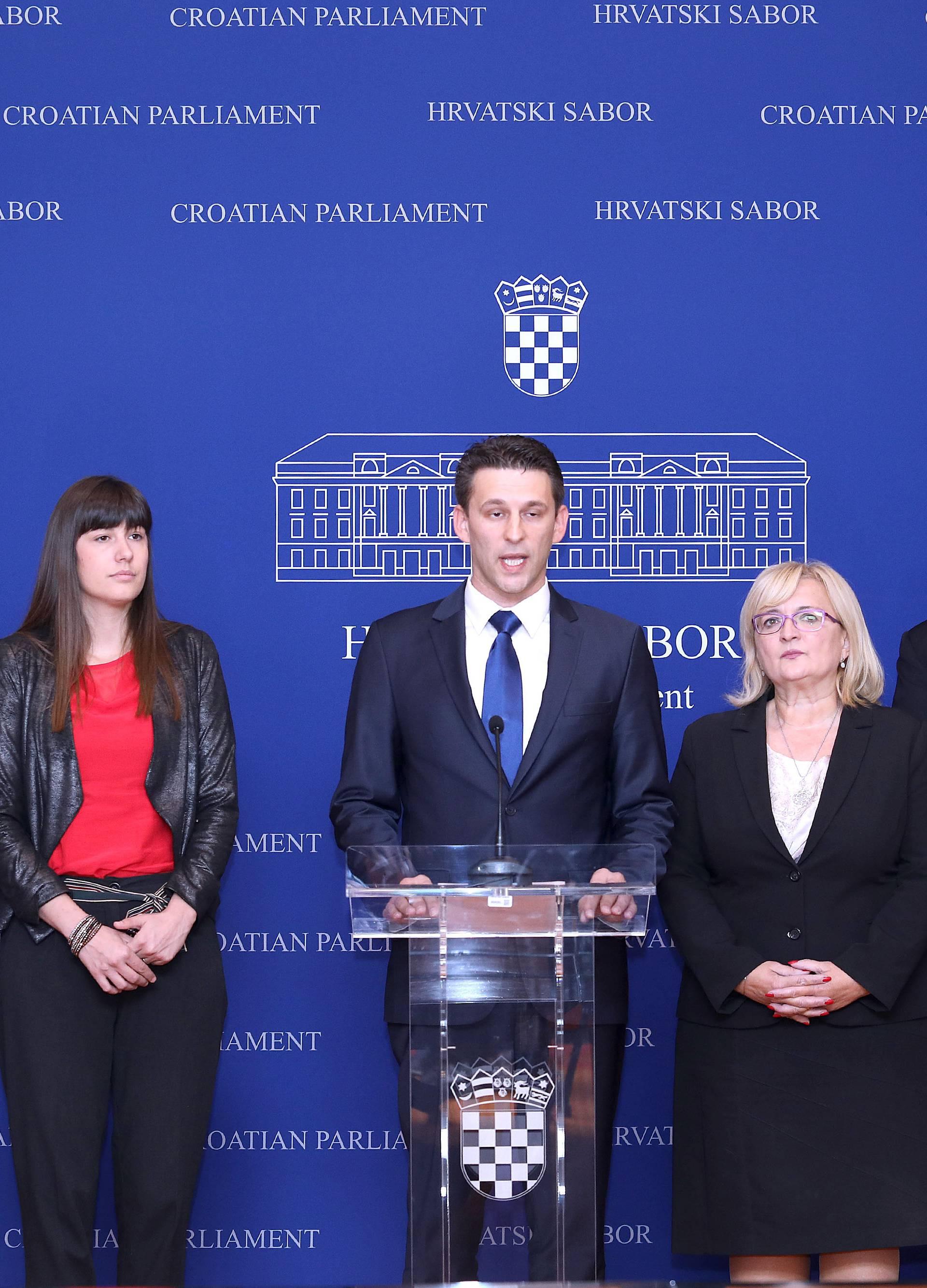 Zagreb: Konferencija za medije MOST-a