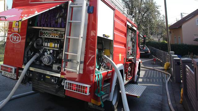 Zagreb: Požar kuće na Graberju