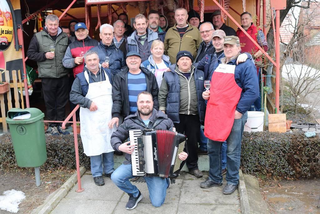 Vincelovu u čast: Vinari su napravili čak 20 kg kobasica