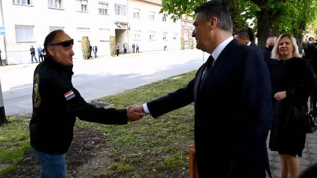 Ratni veteran Milanoviću: 'Dođi dečkima platit' piće u kafić, dat ću ti ja 100 kuna ako nemaš'