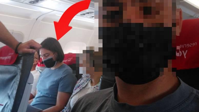 Sinčić likuje da u dućanu nema masku, zalijepili su mu sliku: 'Što je, u avionu nisi baja?'