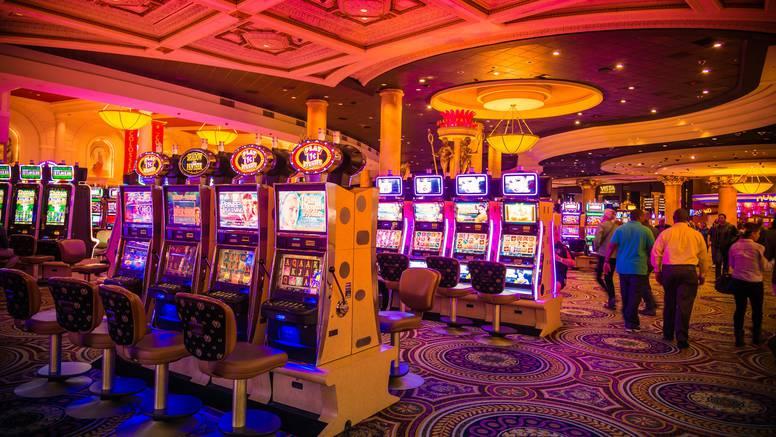 Zbog korona virusa žive u paklu kockanja: 'Dno sam dotaknuo kad sam djeci uzeo ušteđevinu'