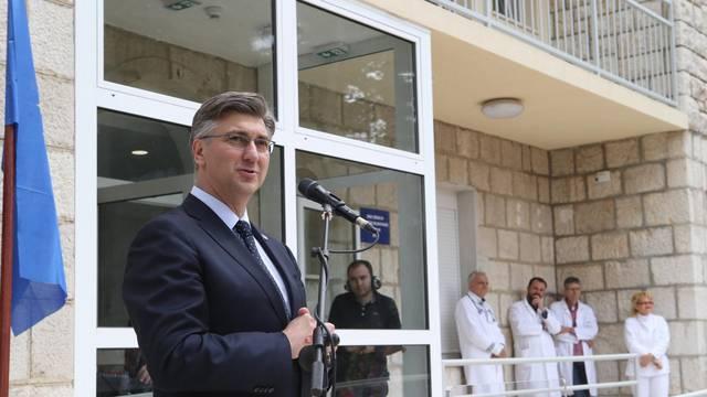 Zagvozd: Premijer Plenković na svečanosti otvorenja podružnice KBC-a SPlit