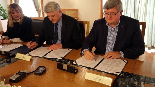 Još jedna županija započela je nastavu Građanskog odgoja