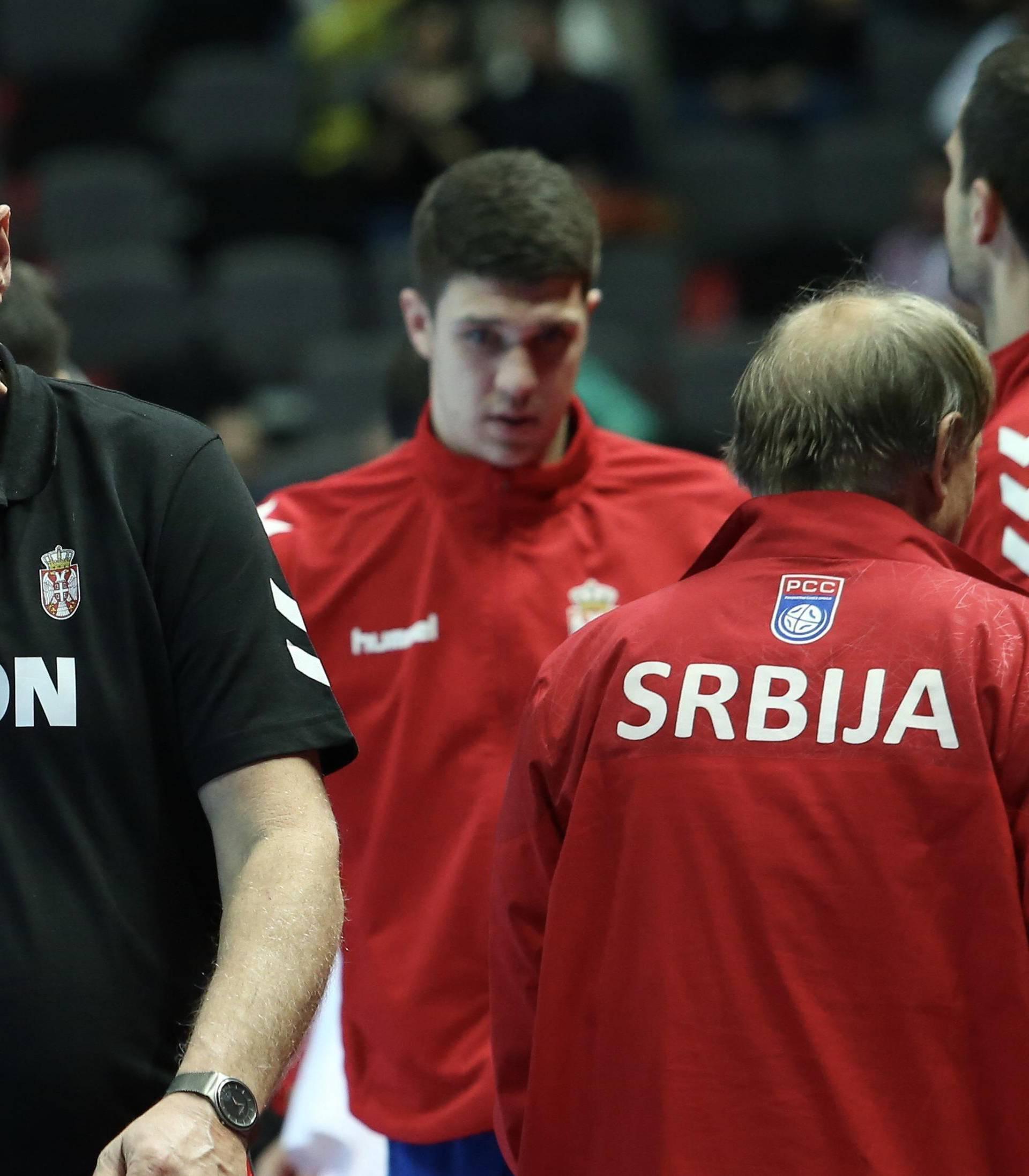 Izbornik Srbije 'bio pijan svaku večer': Nije znao gdje igramo!