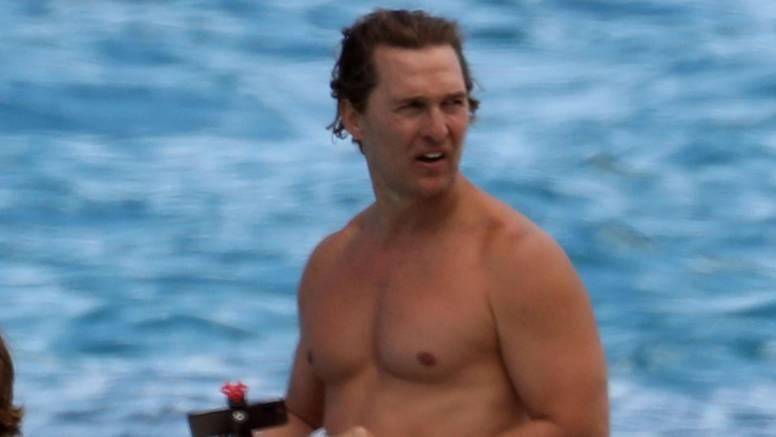 Bizarni McConaughey: Tata mi je umro uslijed seksa s majkom