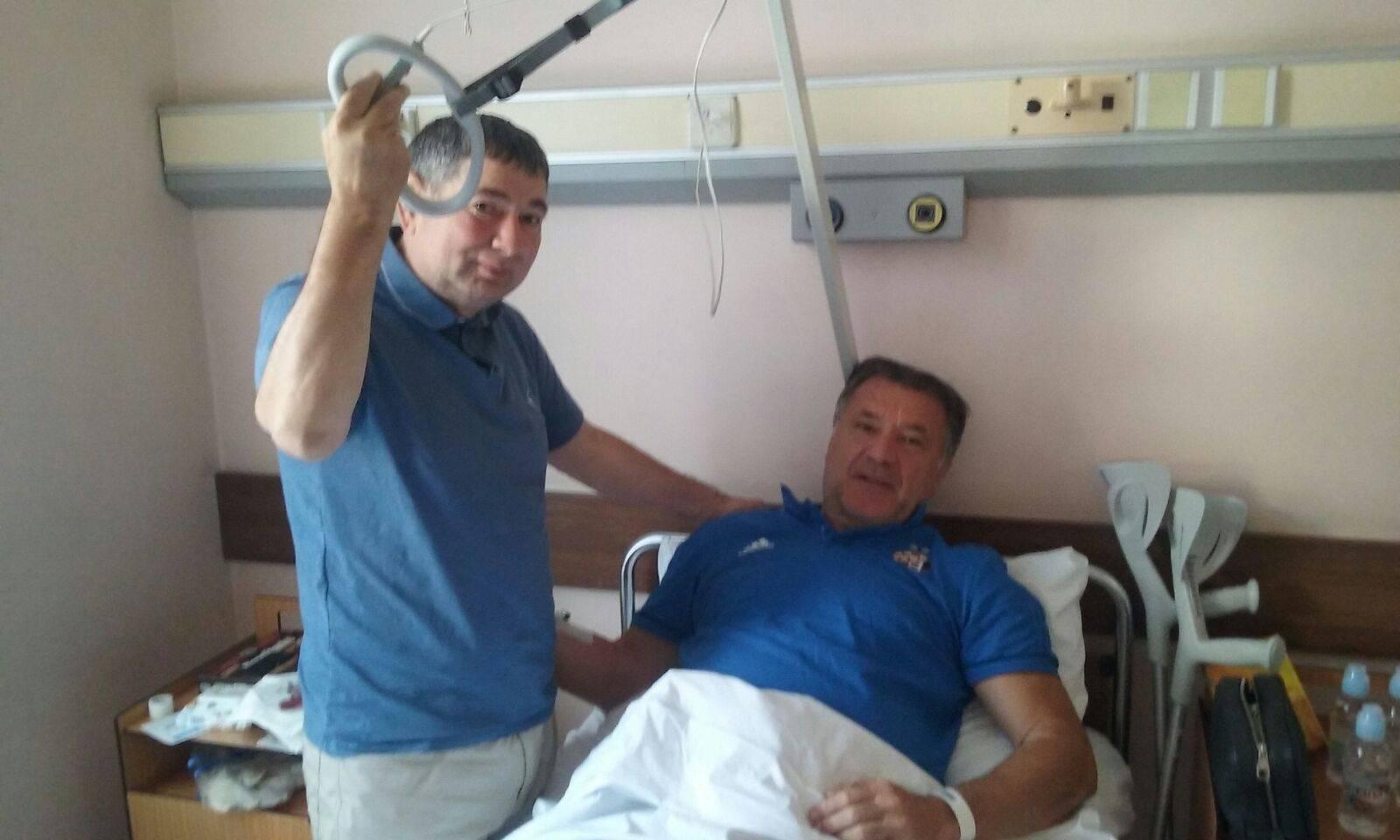 Prva 'fotka' Mamića u bolnici: Posjetio ga je prijatelj Ramo