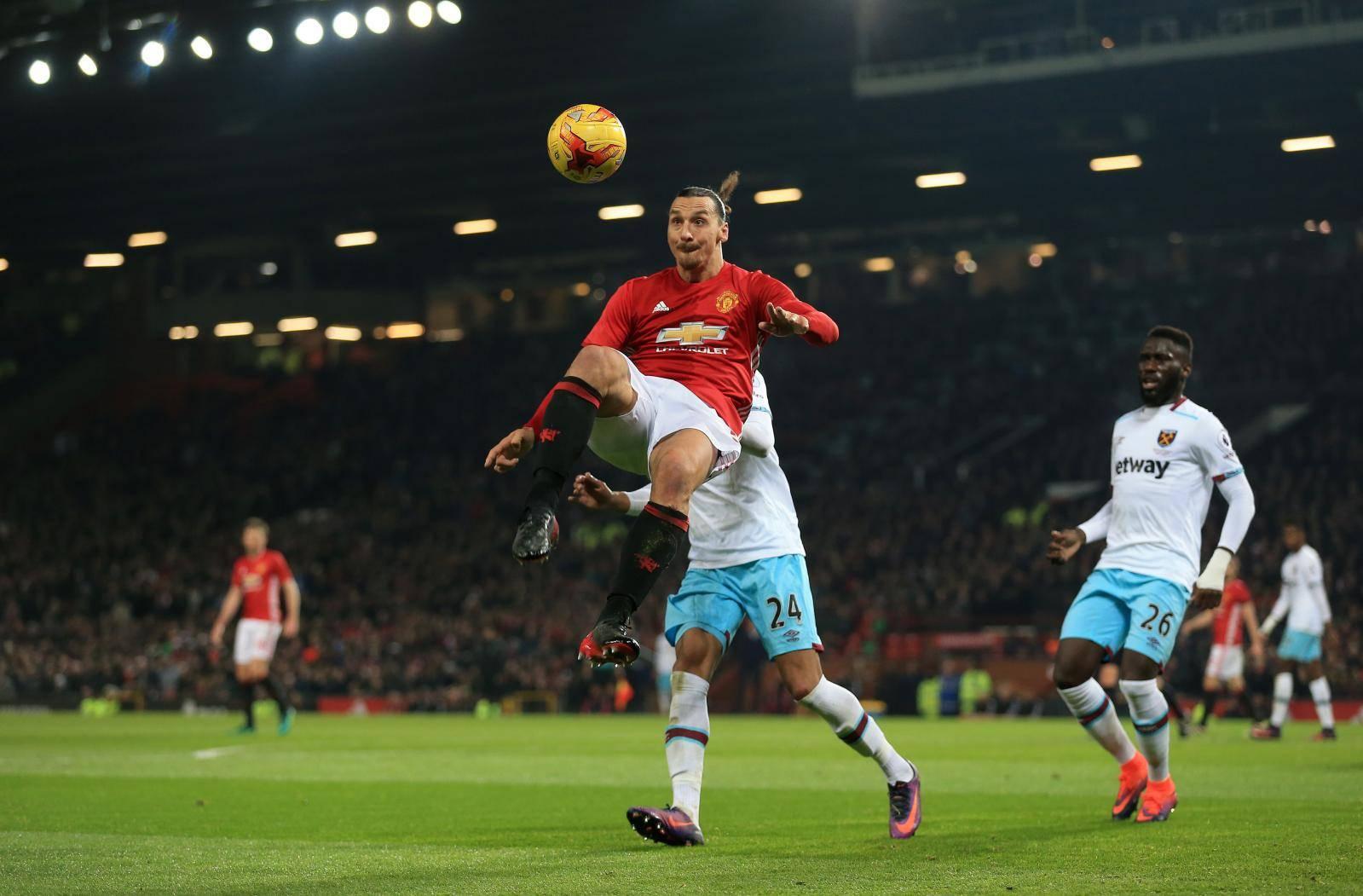 Manchester United v West Ham United - EFL Cup - Quarter Final - Old Trafford