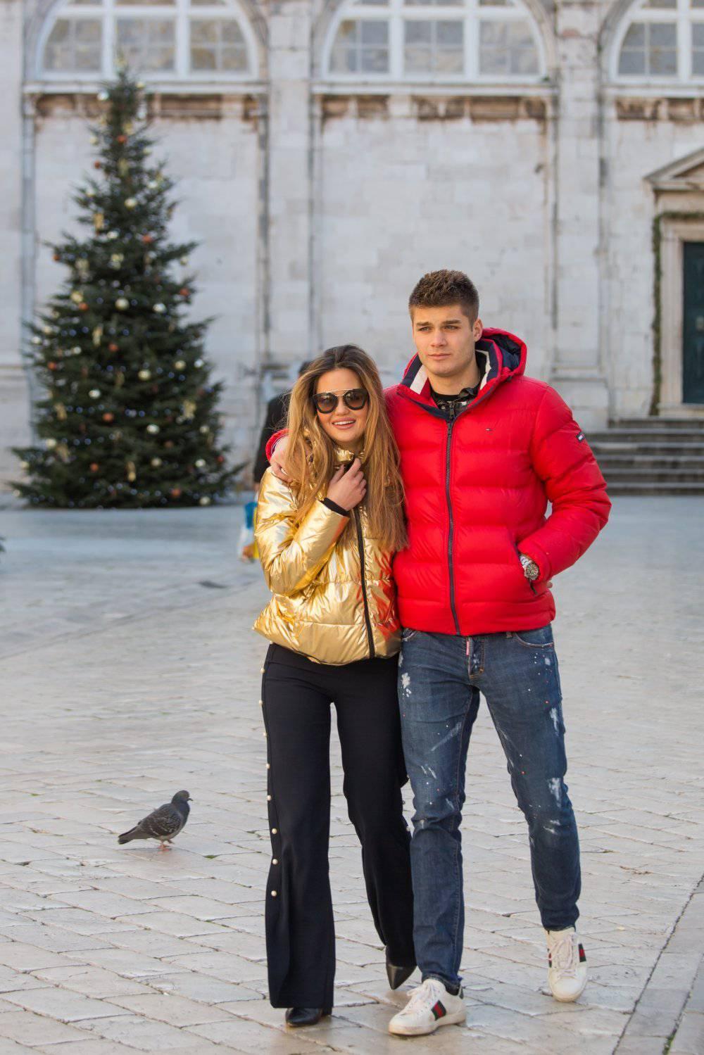 Dečko za poželjeti: Ćaleta-Car odveo curu na skupo putovanje
