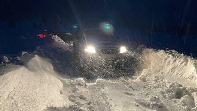 Otišli se voziti u šumu na metar i pol snijega: 'Gorski kotar nije zezancija, držite se pravila!'
