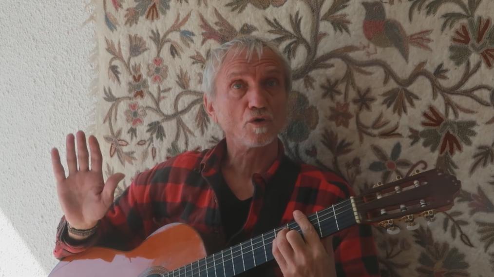 Rundek je objavio obradu svog hita: 'To što perem, to su ruke'