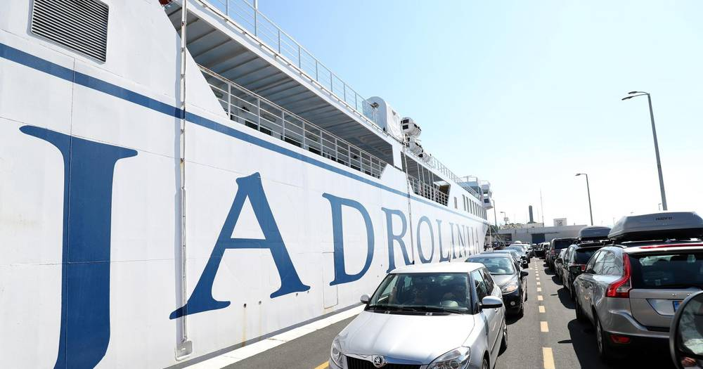 Jadrolinija: Promet i prihodi od karata u prvoj polovici godine upola manji nego lani