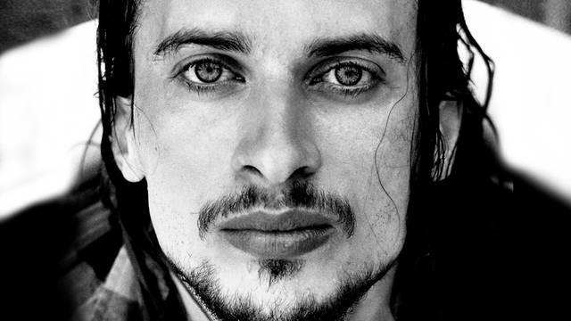 "J.R. August objavio album ""Live at Hrvatski glazbeni zavod"""