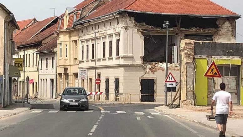 Sramota! U Sisku provalili u tri stana koji su oštećeni potresom