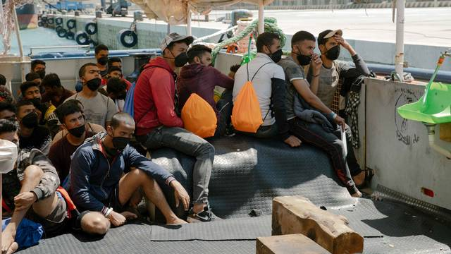 German NGO search and rescue ship Sea-Watch 3 arrives in Sicily with rescued migrants on board