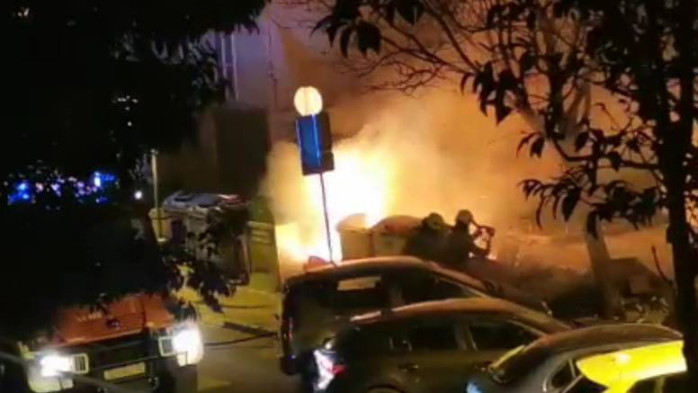 U Splitu izgorjela 2 kontejnera: 'Sukljalo je, čula se i eksplozija'