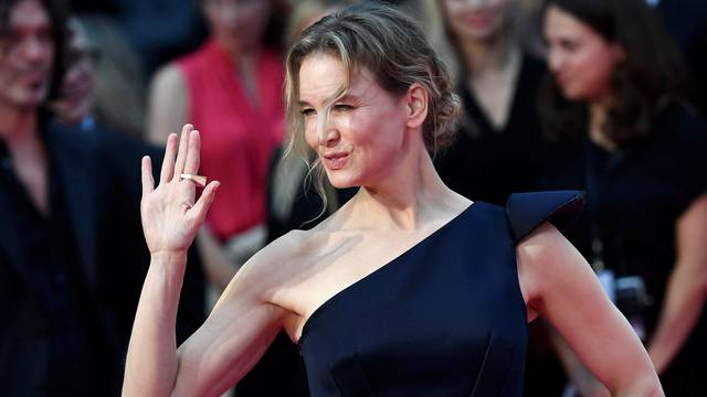 """Renee Zellweger arrives for the world premiere of """"Bridget Jones's Baby"""" at Leicester Square in London"""