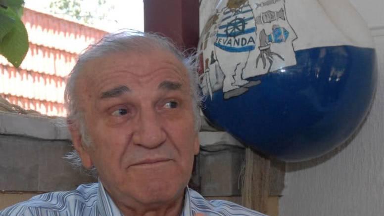 Zabrinuti Bata Živojinović: 'Stalno mislim na Dragana...'