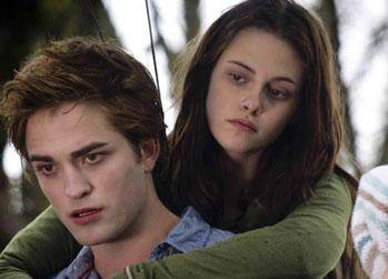 Pattinson će opet 'svjetlucati' kao vampir Edward  Cullen...