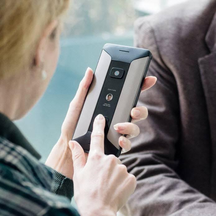 Laptop, mobitel i kamera: Sve u jednom i sve stane u džep