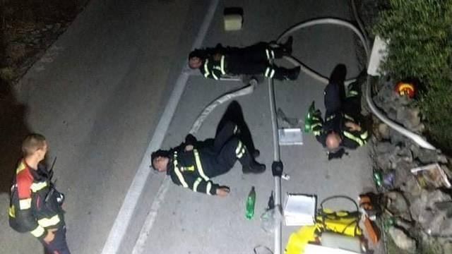 Vatrogasci klonuli od umora: Cijelu noć gasili požar na Hvaru