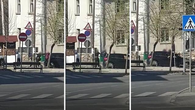 Žene, bijesni auti i muškarac: Potukle se i vrijeđale na ulici