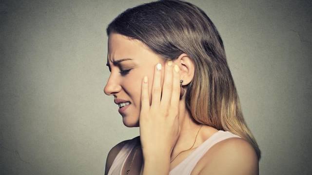 WHO upozorava: 2050. godine 2,5 milijarde ljudi u svijetu patiti će od problema sa sluhom
