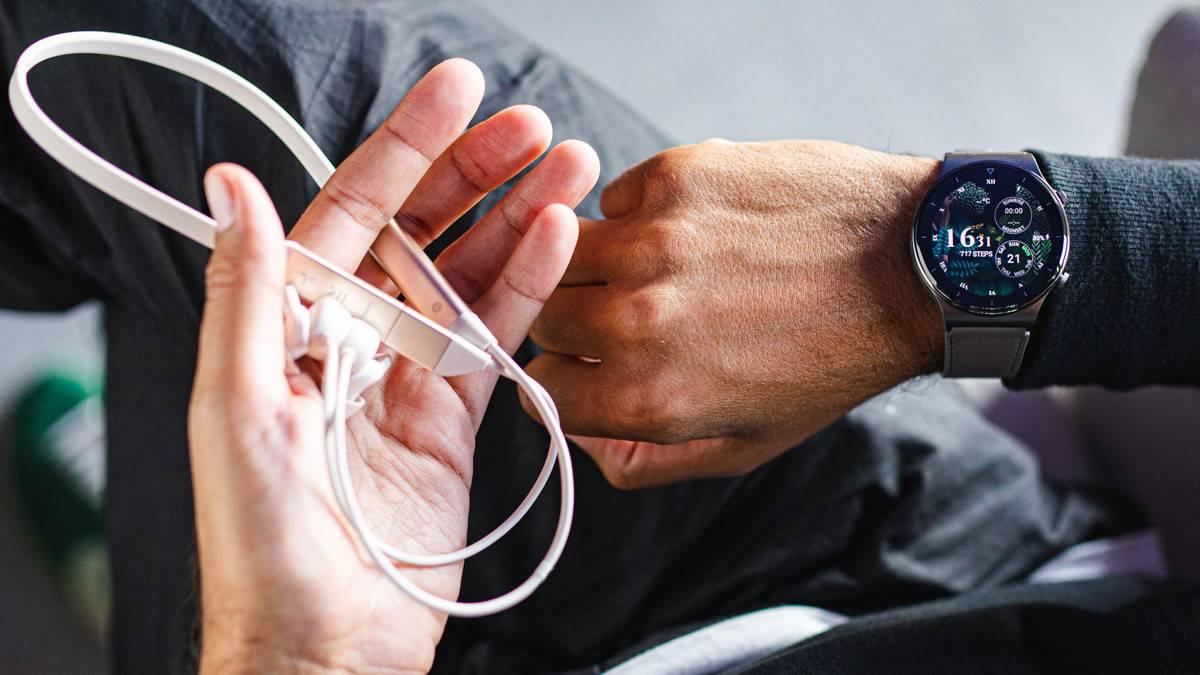 Huawei Watch GT 2 Pro dostupan u prednarudžbi uz FreeLace Pro slušalice na dar