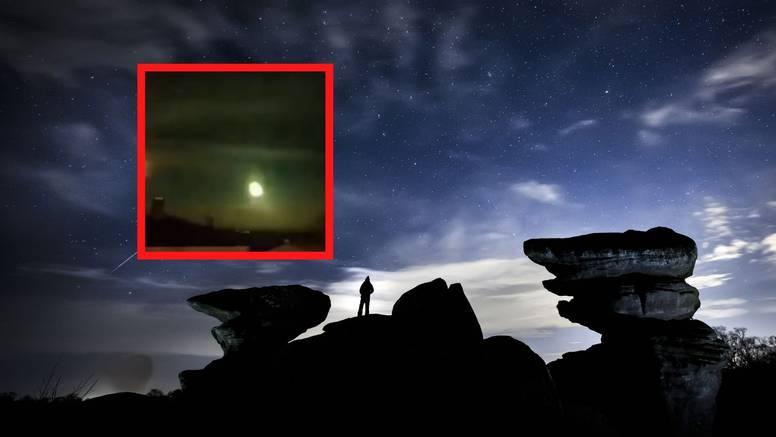 Meteor osvijetlio nebo iznad Norveške: Pretpostavlja se da je pao blizu Osla, traže ostatke