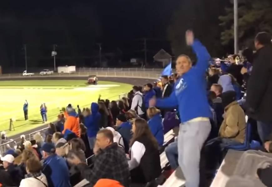 'Tata-navijačica' pokazao svim roditeljima kako podržava kćer