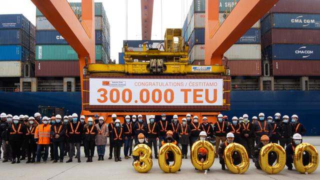 AGCT ostvario rekord: Ukrcali su 300-tisućiti TEU ove godine...