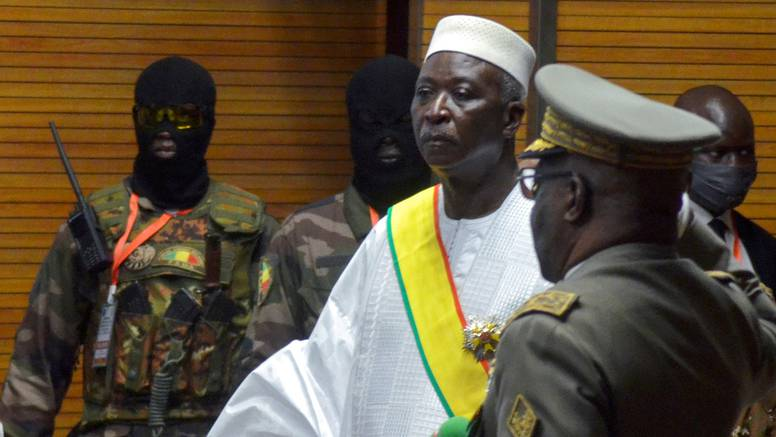 Nova kriza potresa Mali u Africi: Vojnici odveli predsjednika i premijera države u vojni logor