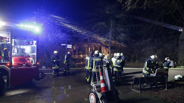 Fire at Krefeld Zoo