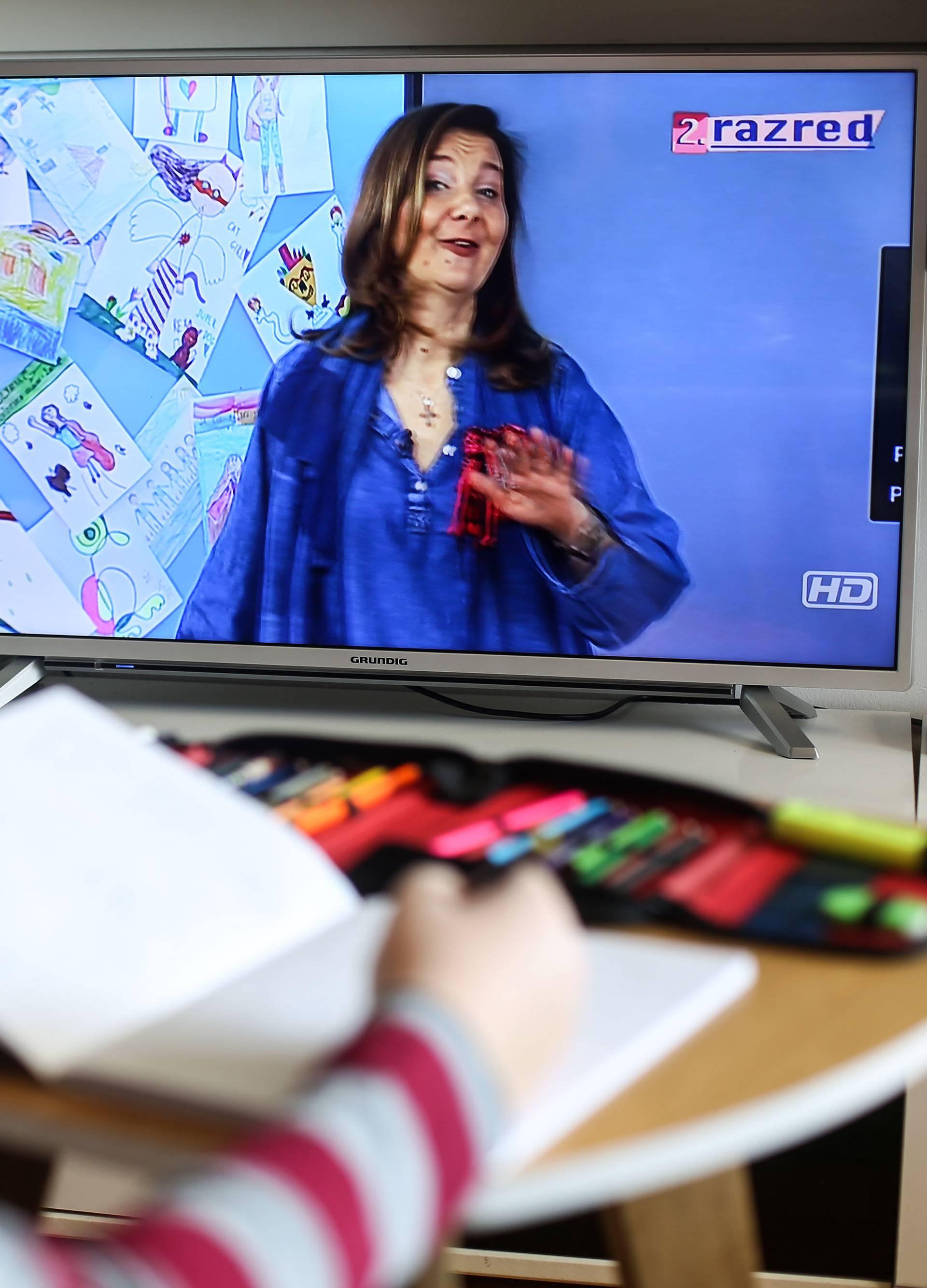 Zagreb: Nastava preko virtualnih učionica na HRT 4